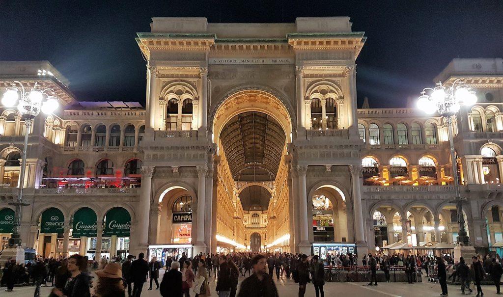 Piata Domului din Milano (2)