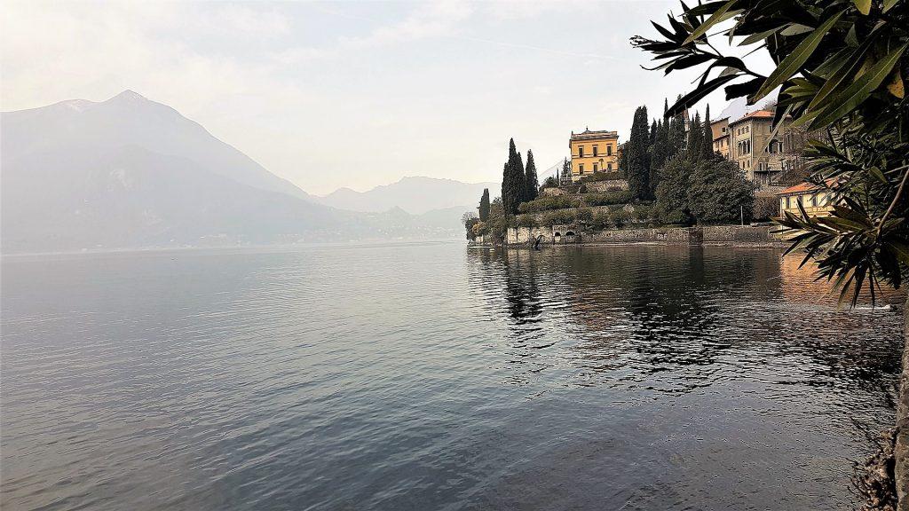 vila monastero varenna como lake