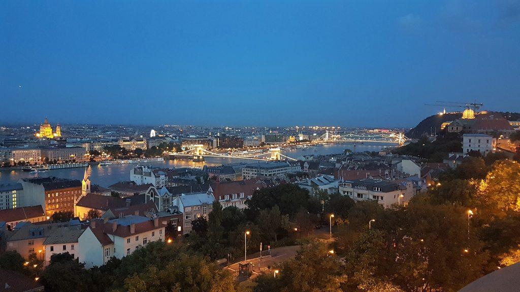 Budapesta pe inserate
