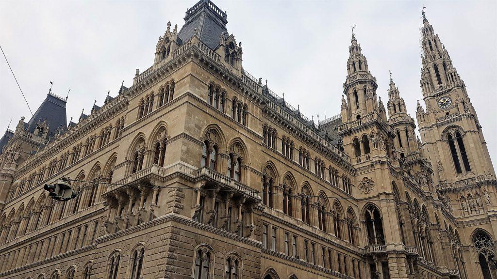 Rathaus-City-Hall